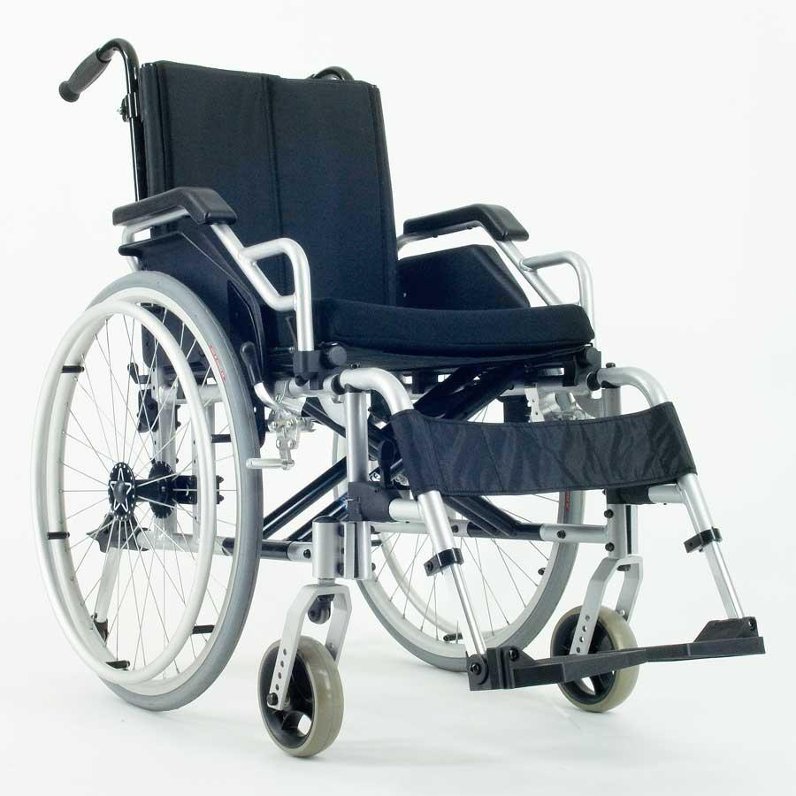 Das UHC Rollstuhlmodell 2.950-33 Carat-Aktiv