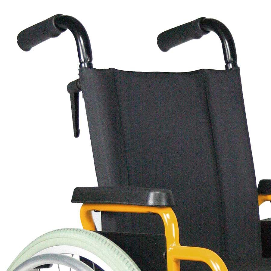 Das UHC Rollstuhlmodell G3 Paediatric höhenverstellbare Schiebegriffe Code 154